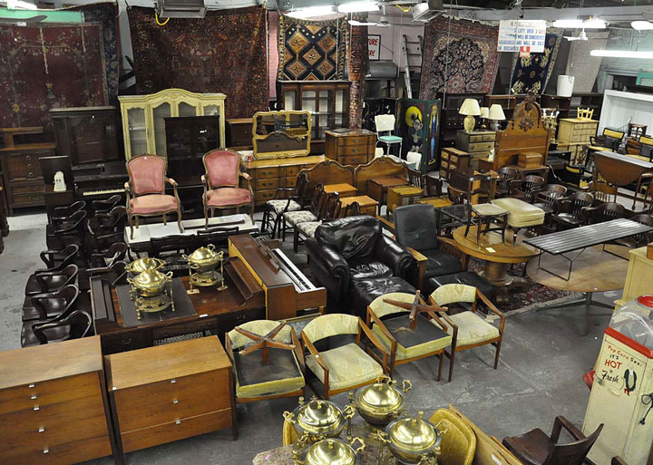 Furniture-Auction-web